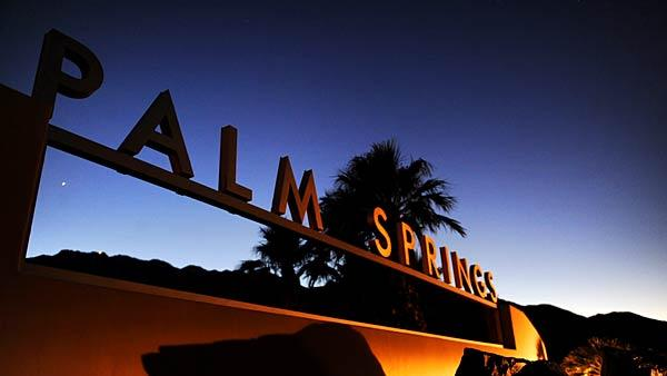 http://www.latimes.com/travel/la-tr-palmsprings-20120115-photos-photogallery.html
