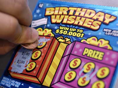 http://www.consumerwarningnetwork.com/2014/04/23/how-to-improve-your-chances-of-winning-scratch-off-lottery-games/